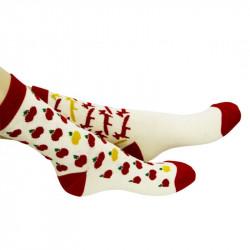 chaussettes bébés avec motifs de renards et de pommes