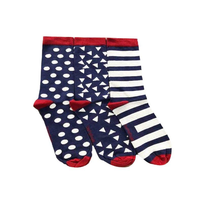 chaussettes pop aux couleurs bleu, rouge et blanche