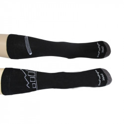 chaussettes à motifs blanc sur fond noir